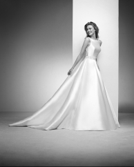 Pronovias Privée Irlena