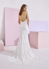 White One Essentials Pronovias