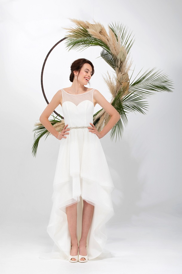 Trouwjurk Voor Kort Achter Lang Goedkope Bruidsmode