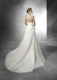 Officieel Pronovias dealer
