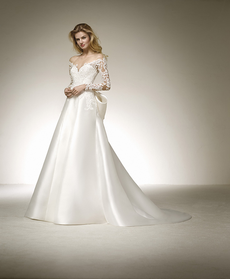 Pronovias Destiny